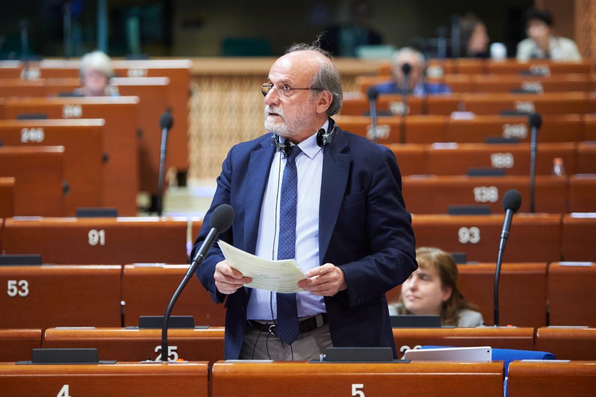 AKPM Birleşik Avrupa Solu: HDP ve Demirtaşı Selamlıyoruz!